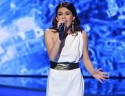 Csobot Adél több száz üzletembernek énekelt Prágában