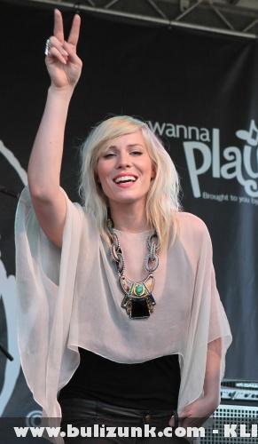 Grammy 2011: Natasha Bedingfield