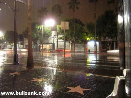Hollywood fõutcája esõ után