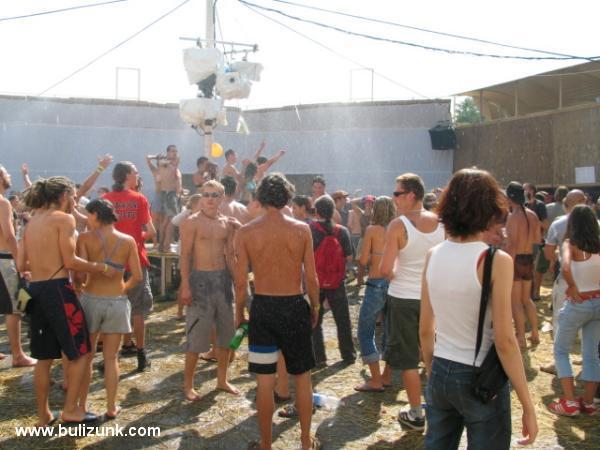 Party, napfény, hûtõfürdõ