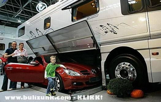 Luxus lakókocsi
