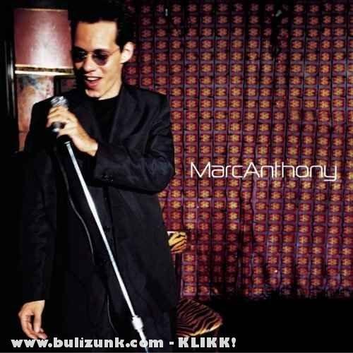Marc Anthony és a mikrofon