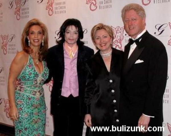 Michael Jackson és Bill Clinton és a kis családjaik
