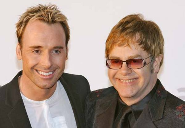 Elton John és partnere David Furnish