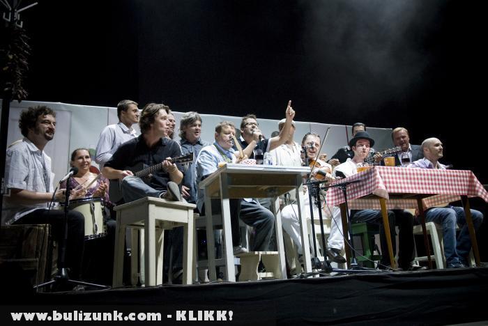 Kispál és a Borz SZIGET búcsú koncert