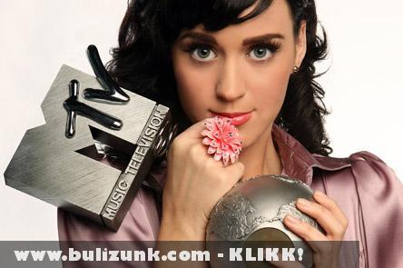 Katy Perry az MTV díjával