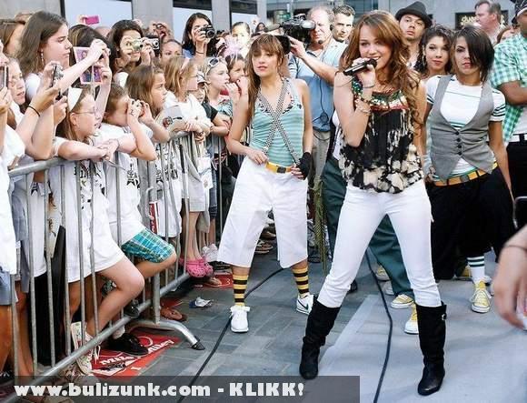 A kis Hannah Montana dögös nõ lett