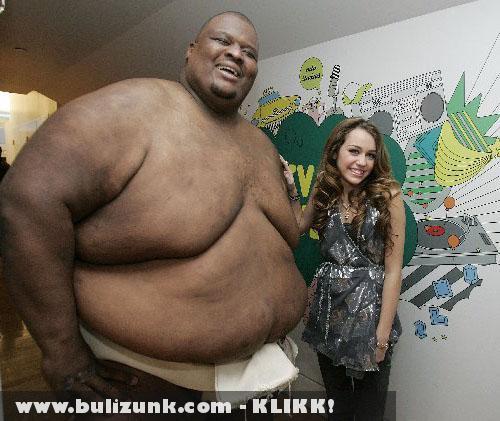 A kis Hannah Montana és az óriás