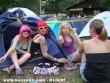 Lányok fesztiváli hangulatban